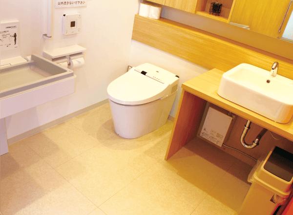 トイレ(オムツ交換台)